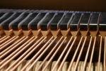 senar (dawai) pada piano